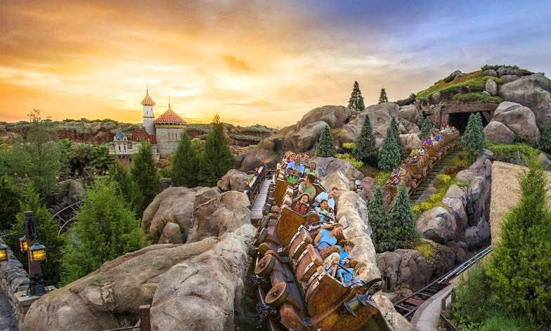 Disney_gallery_seven_dwarfs