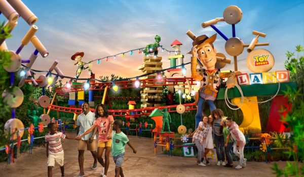 Disney Gallery Toy Story Land