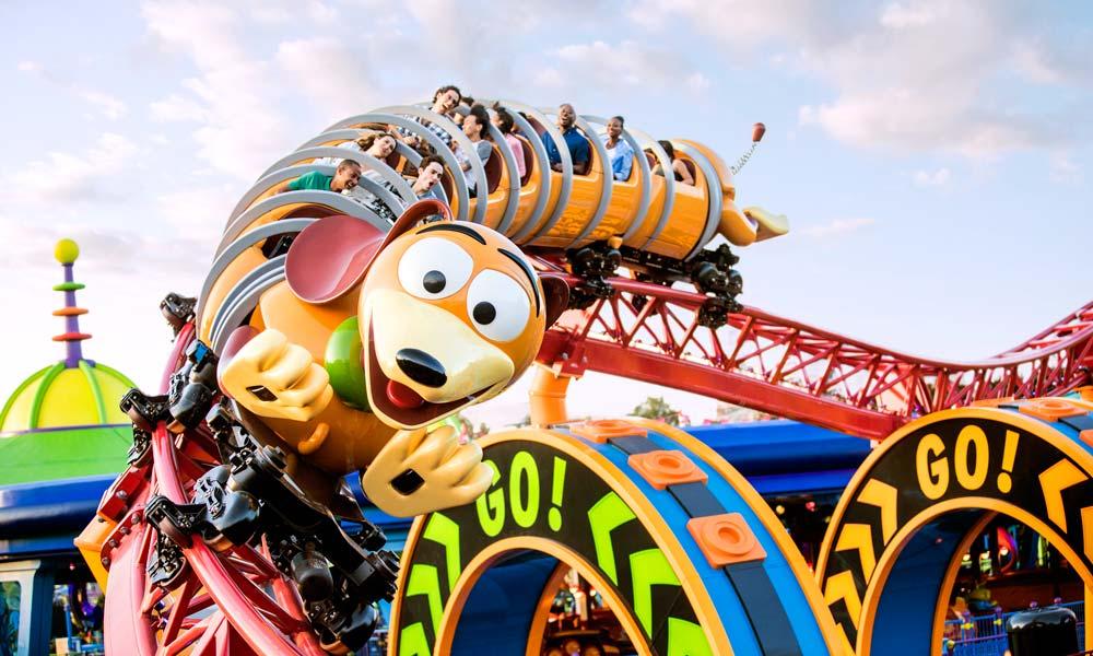 Disney_gallery_Toy_Story_Land_Slinky