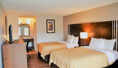 Quality_Inn_Suites_Eastgate_04